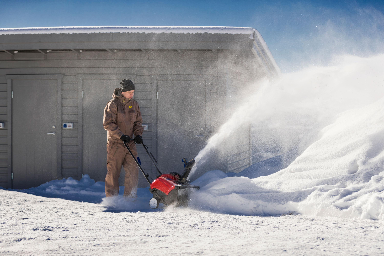 Välj en Toro snöslunga från 7.295:-
